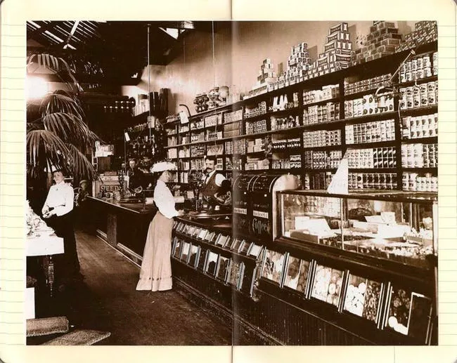 US Grocery stores beginning of 1900s.png